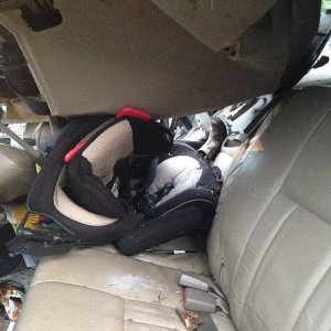 toddler-survives-crash-due-properly-installed-car-seat-copia